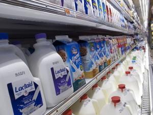800px-Milk_Aisle